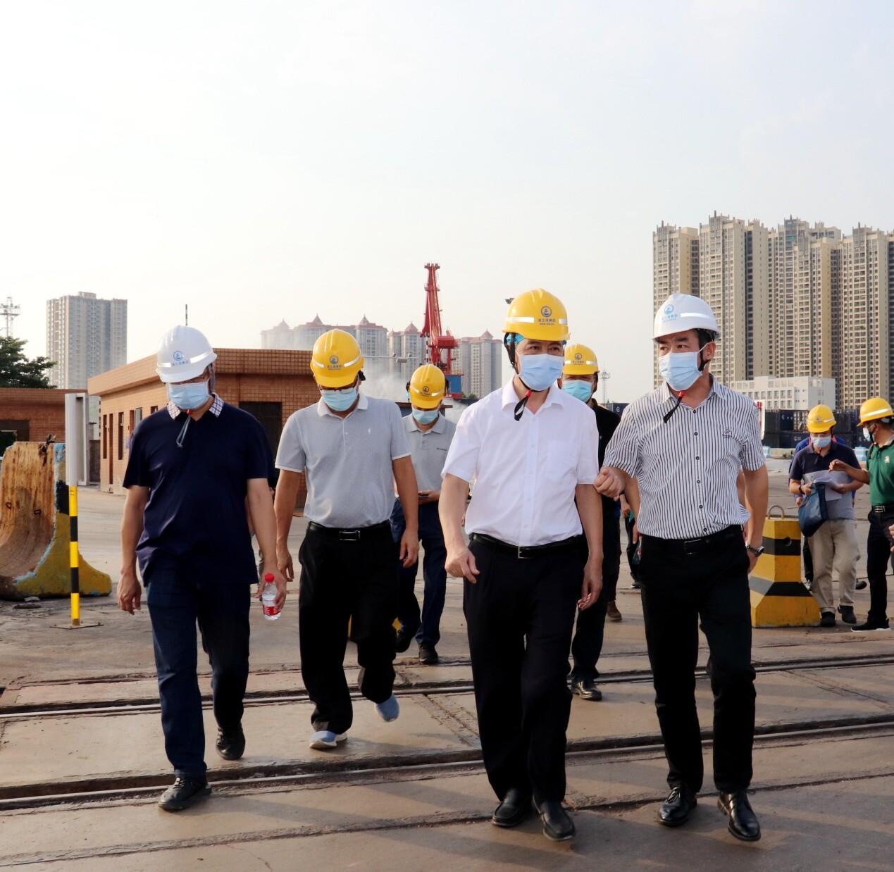 林海武局长带队开展港口污染防治调研督导